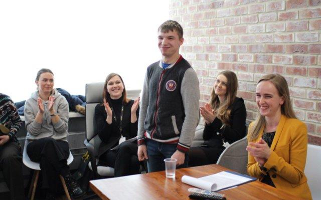 6488bbcb71f80 Melon Fashion Group – одна из первых коммерческих компаний в Санкт- Петербурге, поддержавших инициативу президента фонда «Рауль» Михаила  Кривоноса создать ...